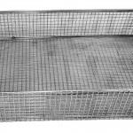 Autoclave basket with fine mesh lining