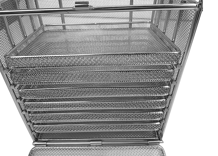 Wire mesh cleaning baskets